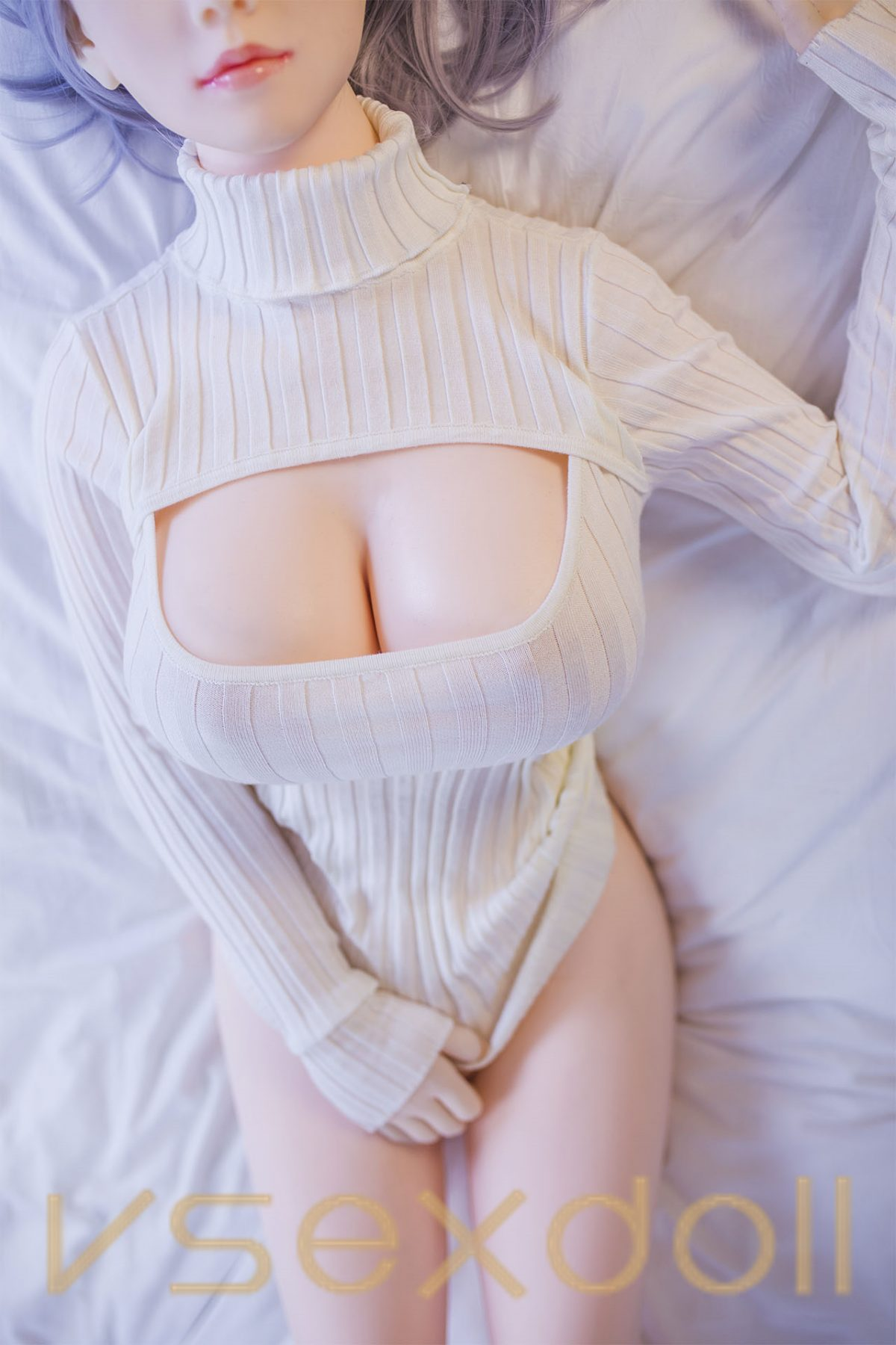 Big Breasts Light Blue Hair White Skin Charming And Pure Sex Doll
