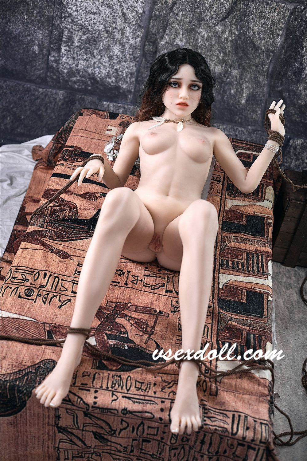 150cm Victoria Fairytale Black And Brown Curly Hair Imprisoned Girl Blonde Sex Doll