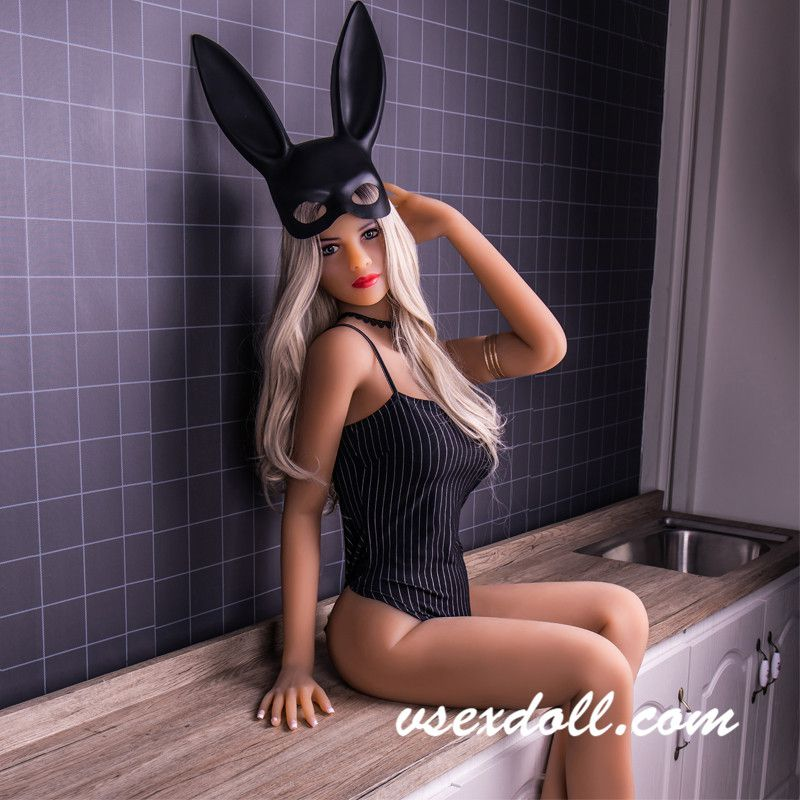 Rabbit White Curly Hair Small Tits Sexy Black Sex Doll